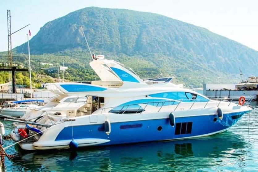 Прокат Яхты Azimut 60