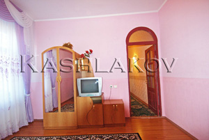 Аренда 2 - комнатной квартиры в Ялте с новой мебелью