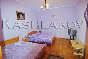 1 - комнатная квартира в Ялте - чудное место, прекрасная мебель
