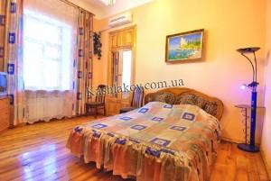 Квартира в аренду в Ялте - ул.Екатериниская