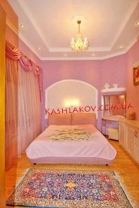 Снять квартиру в Ялте по ул.Екатерининская