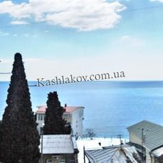 Частный сектор в Крыму - вид на море