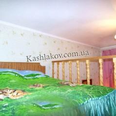 Спальня на втором ярусе квартиры в Ялте