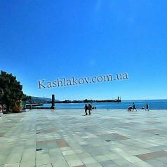 Крым - Набережная в Ялте