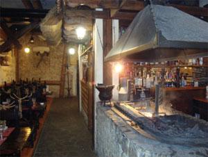 Царская конюшня - ресторан внутри
