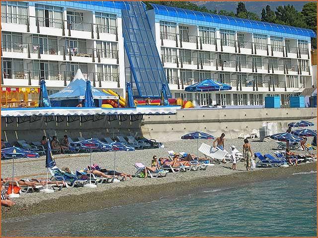 Красотель-Левант - пляж