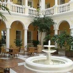 Внутренний двор в гостинице Ялты