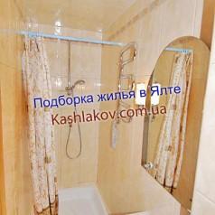 Душевая кабинка гостиницы в Ялте