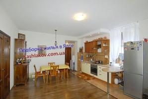 Крым Ялта, свой гараж, частный сектор, отдых