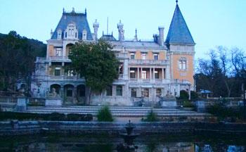 Дворец в Ялте - массандровский