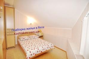 Комната люкс с вай-фаем и удобствами в номере в Ялте