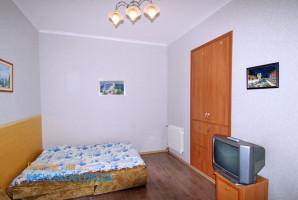 646-yalta-snyat-kvartiru-05