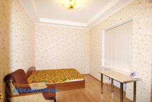 649-snyat-kvartiru-v-yalte-05
