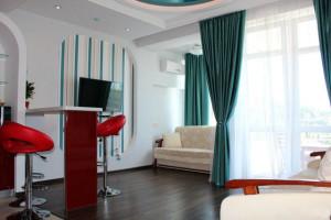 Аренда квартиры в Ялте в новом доме по Садовой